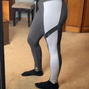 NWOT Betsey Johnson performance leggings size xs